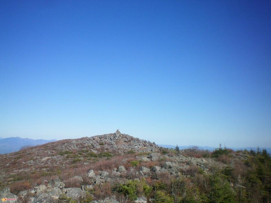гора Крутая (1657 м)   Алексеевский хребет (26.09.09)
