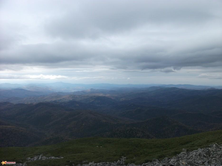 Осень в горах Вид с хребта на запад | Облачная 09-10.10.10