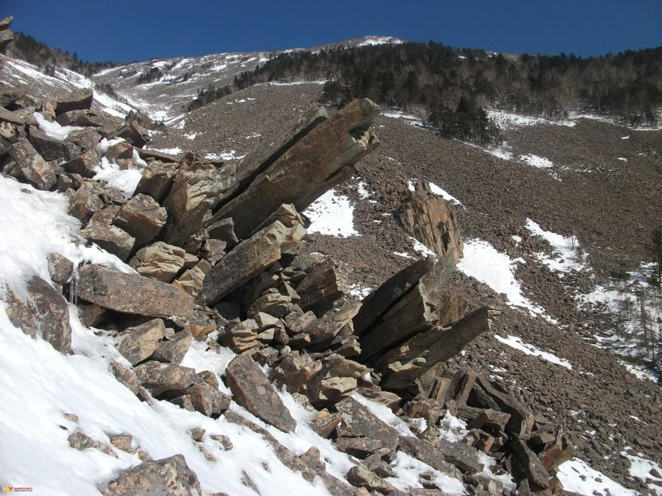Процесс разрушения гор, образования курумов | Зима на Партизанском хребте