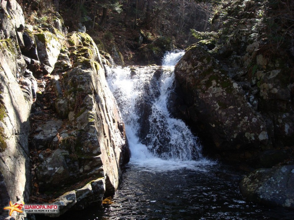 водопад у подножья | Пидан-загадка природы....