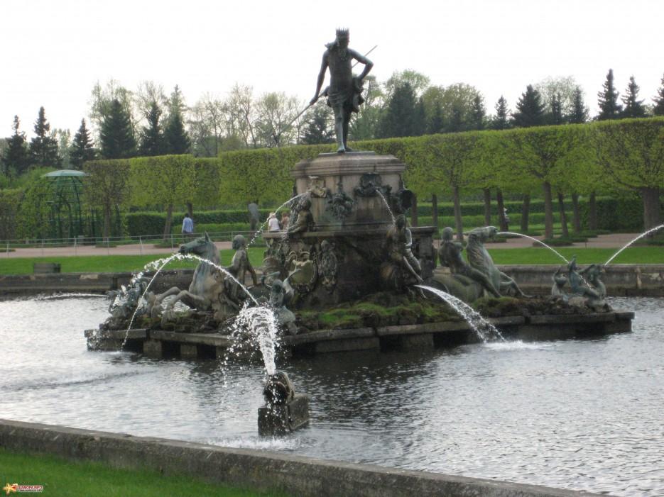 Фото 14622 | фонтаны петродворца-май 2010