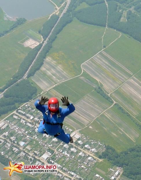 Фото 15948 | парашютные прыжки в Арсеньеве 28 — 29 июня 2008г