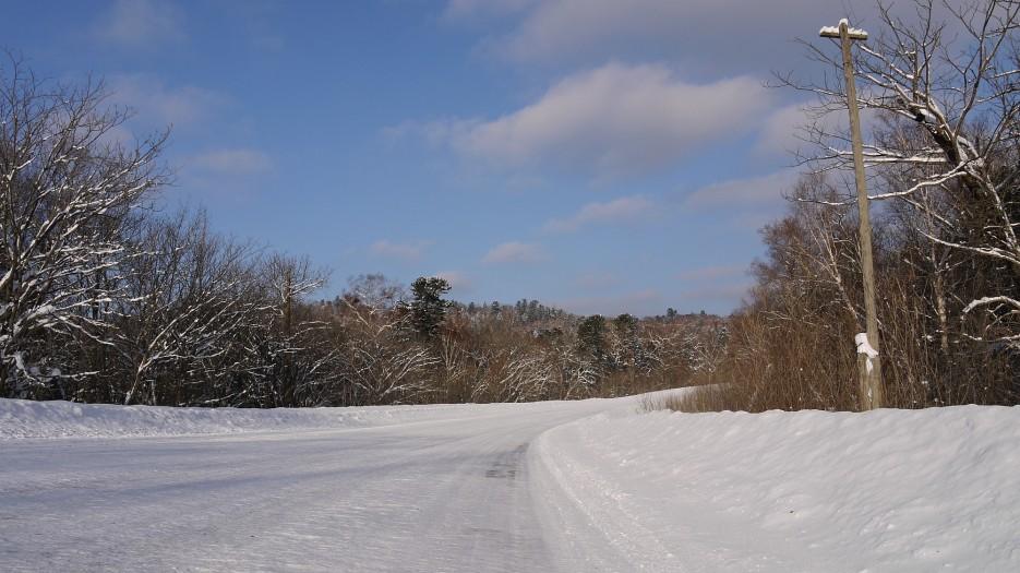 Трасса зимой гораздо комфортнее чем летом. Асфальта-то нет | По дороге на Восток