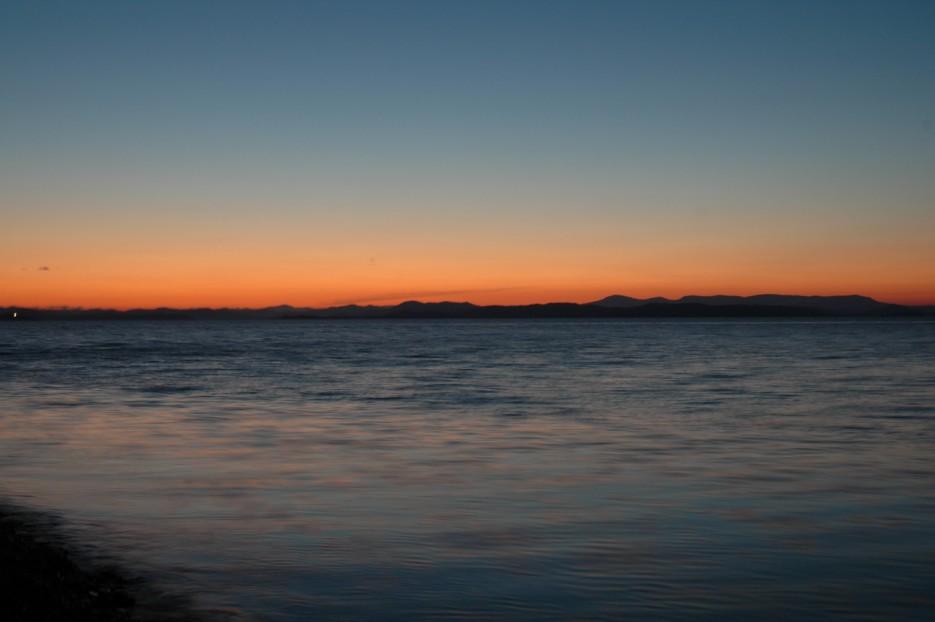 Закат. Вид с острова Рикорда на южную часть Приморкого края. Остров Рикорда.   Рассветы и закаты. Остров Рикорда.
