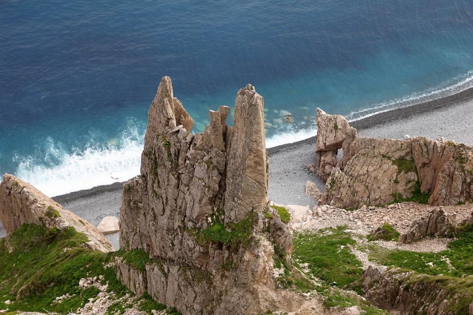 Скалы на берегу | Летние виды Преображения