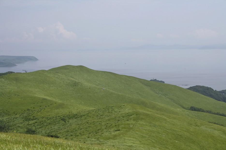 Вид на залив Петра Великого с вершин сопок в районе пос. Безверхово. | Безверхово