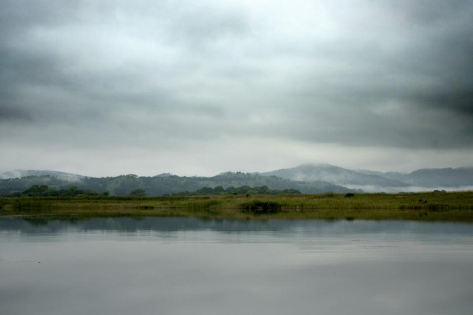 Озеро рядом с морем | б. Бойсмана