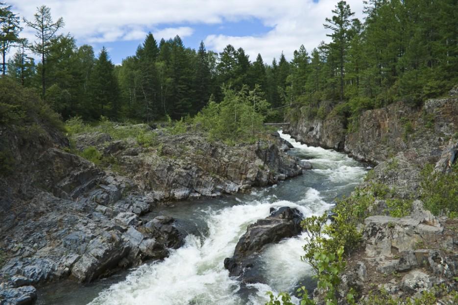 Кемская труба Кема - прекрасная чистая река. Отличное место для сплава, рыбалки и просто отдыха! | Сияние северного Приморья
