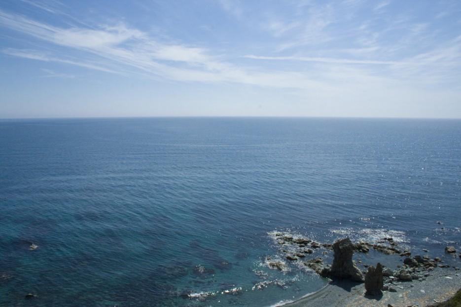 Вот оно Японское море, открытое, чистое, спокойное вдалеке от городов и грязи. | Сияние северного Приморья