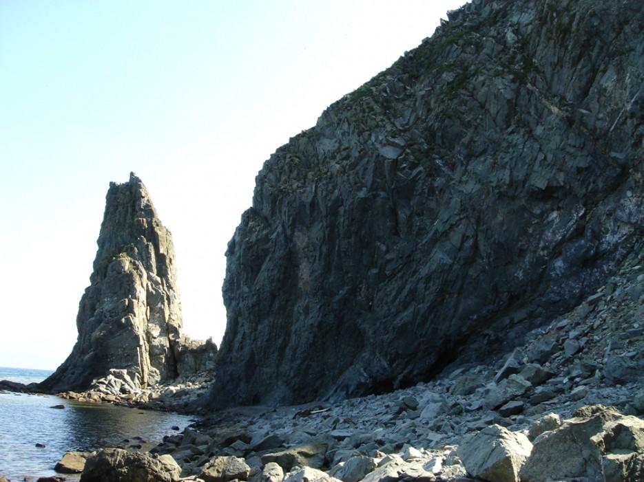 Мрачные скалы. Ольгинский район   Природа в Приморье