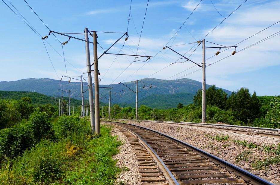 Вид на Хребет Большой Воробей с жд станции 82 км. | Хребет Большой Воробей, г.Туманная