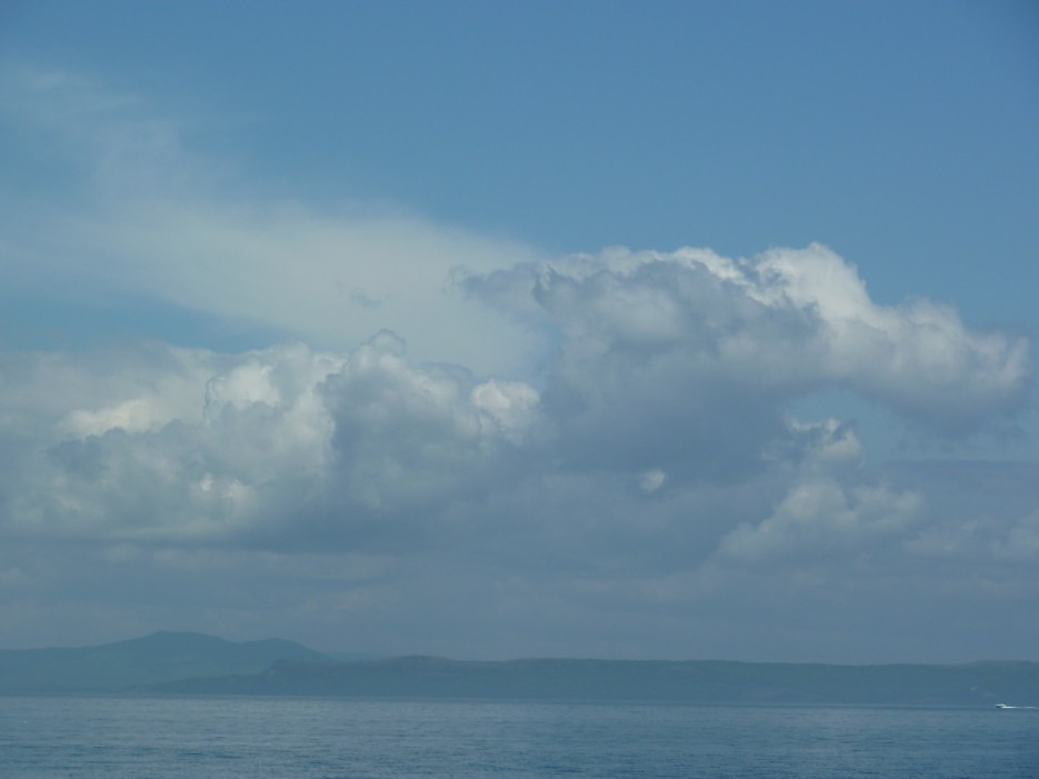 Голубое море - голубое небо | Походы на остров Русский