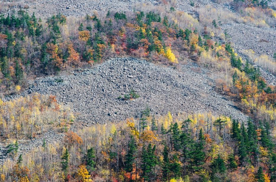 Проплешины на склонах Фалазы. | Смольные пороги Ливадийского хребта. Золотая осень.