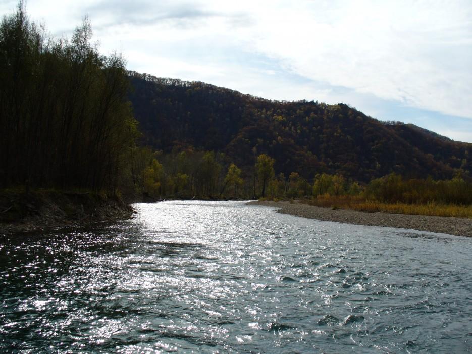 Отражается солнце в бегущей воде | Ольгинский район