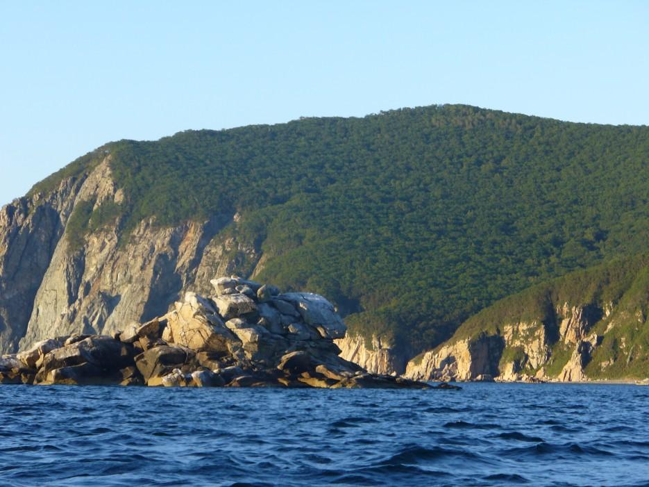 Залив Ольги, остров Безымянный | Ольгинский район