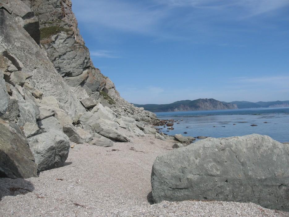 Камень у моря | Кавалеровский район