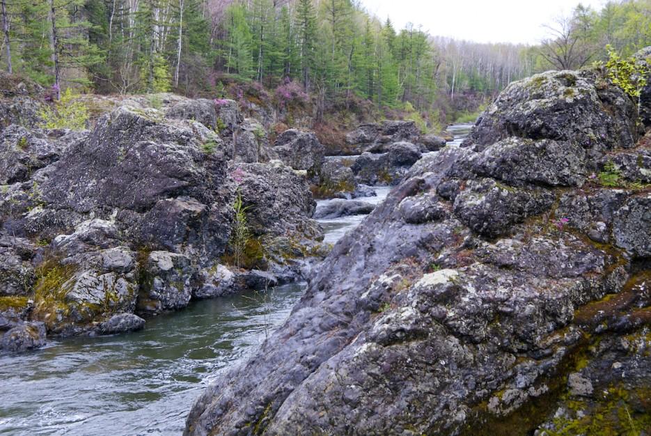 Пороги на реки   Весенняя Кема.