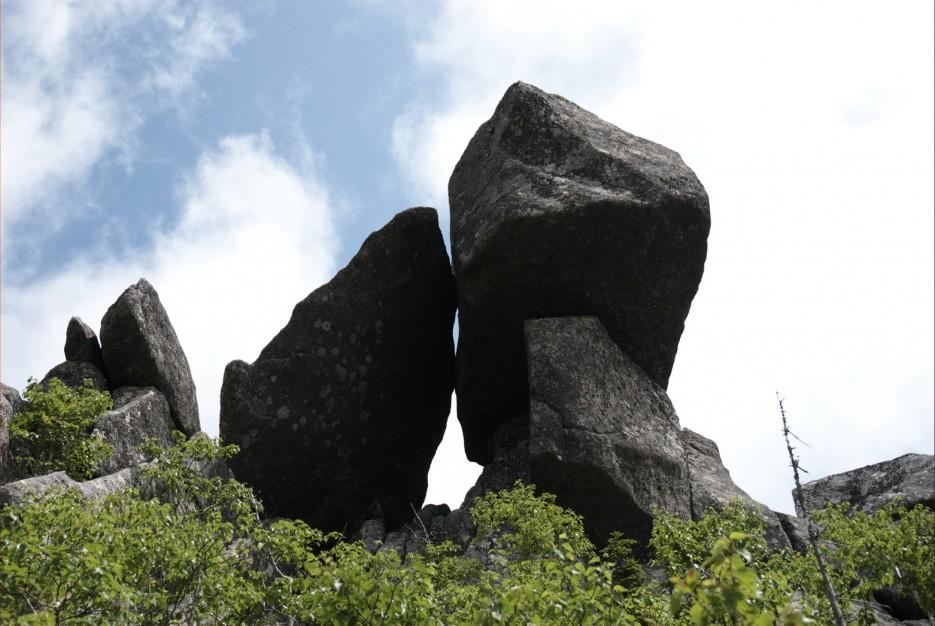 Хребет Зубы Дракона. На пути к горе Сестра. Лазовский район. | Гора Сестра и хребет Зубы Дракона