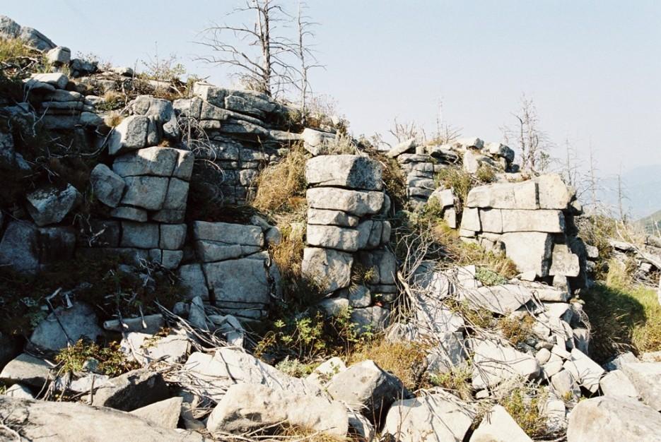 природа или человек?   поход от Фалазы через Ливадийский хребет на Пидан
