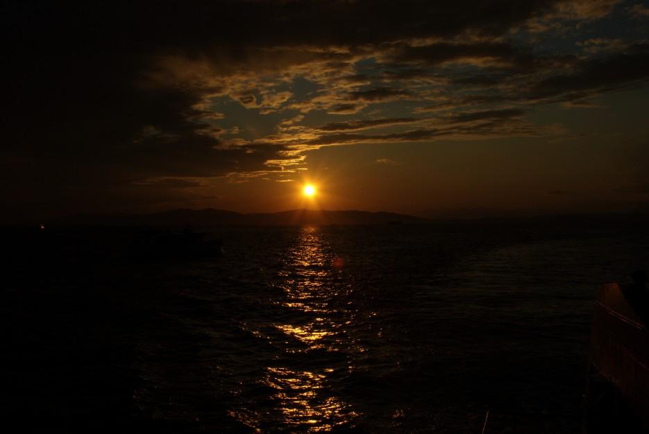 Закат | Акватория Амурского залива и пролив Босфор восточный