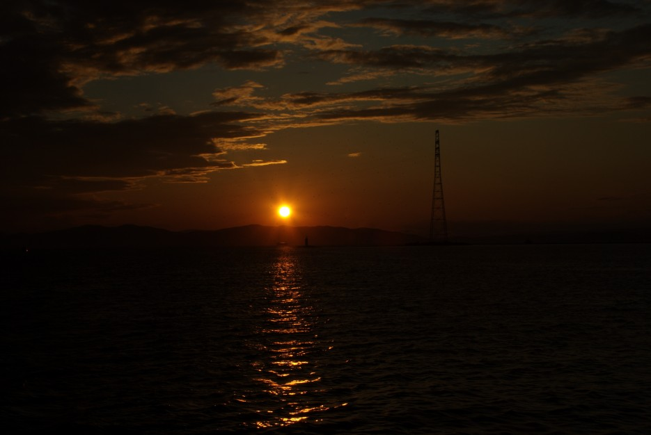 Закат в Босфоре | Акватория Амурского залива и пролив Босфор восточный