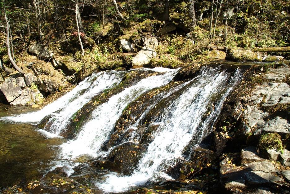 Водопад   Ключ Смольный, гора Фалаза.