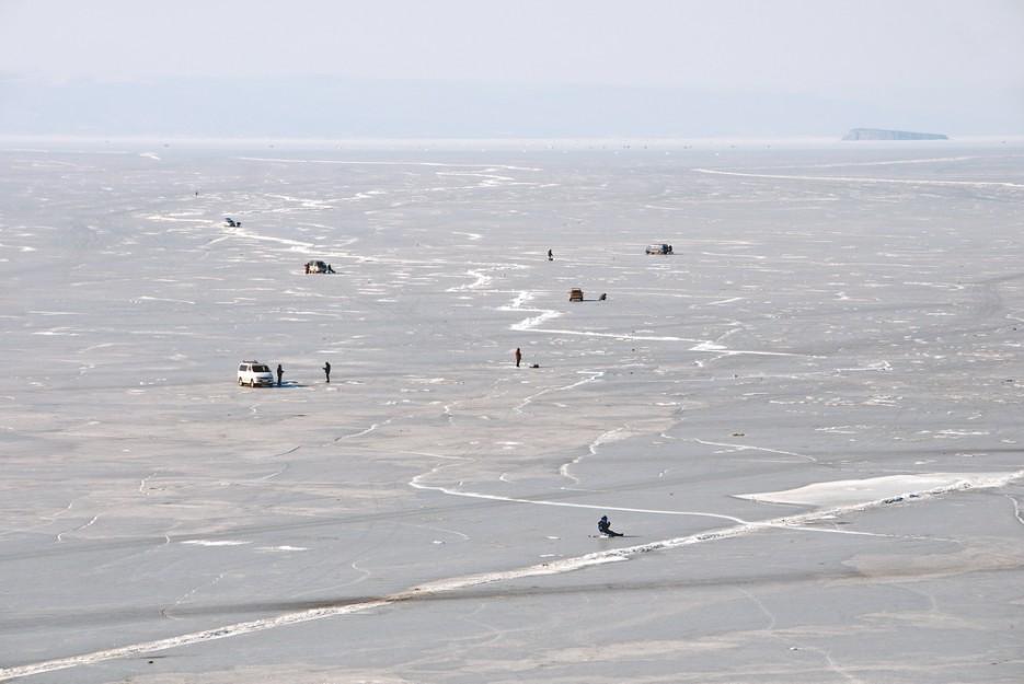 """Рыбаки и остров Речной (""""Вторая Коврижка"""").   Остров Скребцова (Коврижка)"""