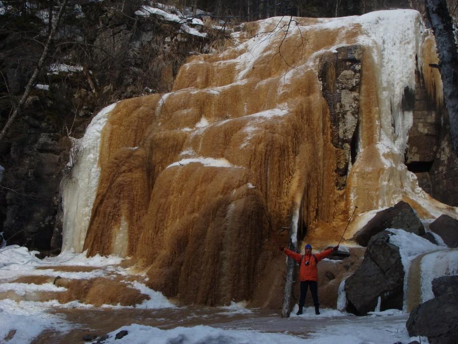 11.У подножья водопада Тигровый. | 1.04.2012 года. Водопад Тигровый. Шкотовское плато.