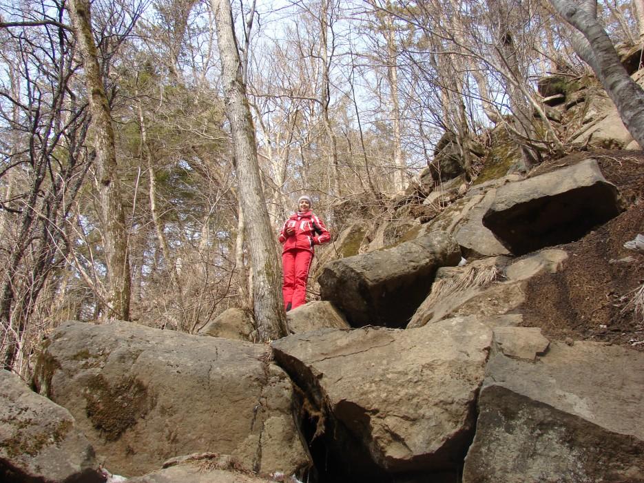 04.По тропе к водопаду.   1.04.2012 года. Водопад Горбатов. Шкотовское плато.