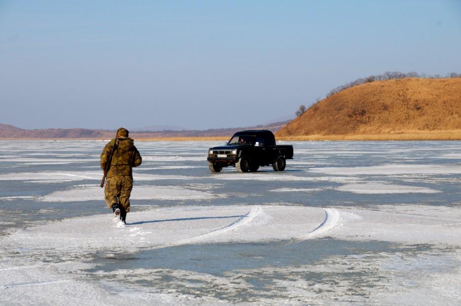 Охотники. | Хасан зимний. Часть1. Озеро Птичье (Тальми), озеро Родниковое, бухта Калевала.