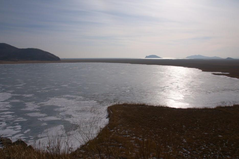 Озеро Родниковое | Хасан зимний. Часть1. Озеро Птичье (Тальми), озеро Родниковое, бухта Калевала.