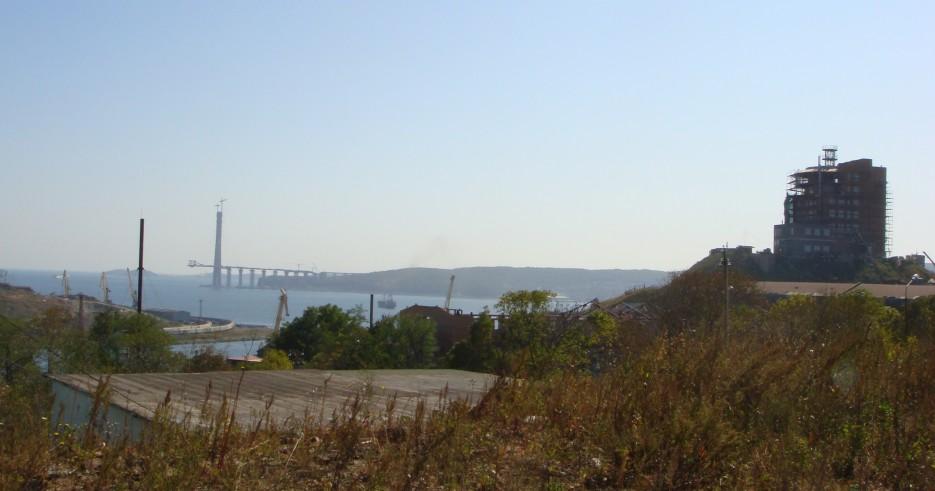 Строительство началось........... :)   Владивосток (подборка)