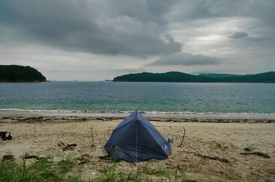 Романтика в бухте Средняя - несмотря на непогоду | Заповедный полуостров Гамова - наперекор ненастью!