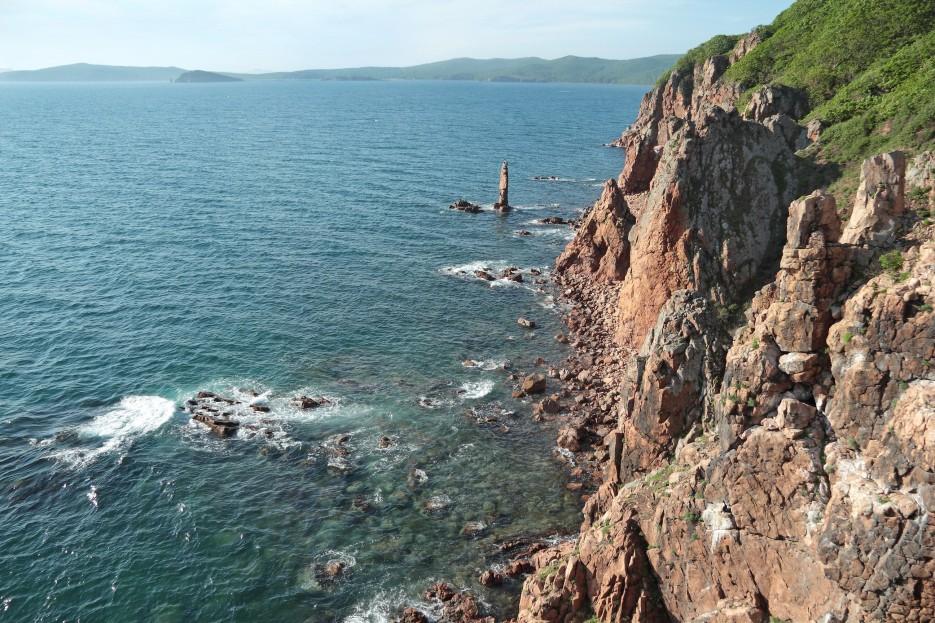 Море и скалы. | Славянка - Русский - Славянка (продолжение)