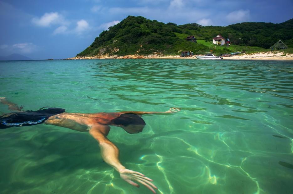 ШАМОРА . ИНФО плавает вместе со мной в водах острова Фуругельма | Загадочный полуостров Краббе