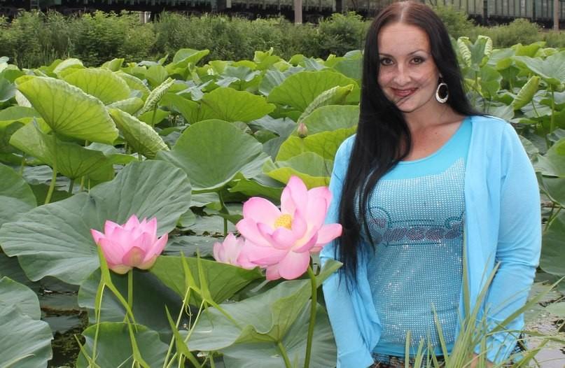 Шамора. инфо наслаждается красотой лотосов на озере. Артем-ГРЭС. | Отдых в Приморье. )))