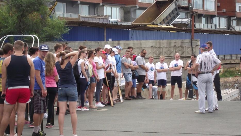 Фото 44632 | Славянский берег в гребном спорте. Чествование участников регаты вдоль берега Хасанского района