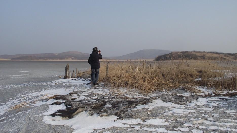 Пункт промежуточной остановки на маршруте - старые солеварни на мысу озера Тальми | Ледовый поход Посьет - бухта Экспедиции - озеро Тальми - мыс Островок Фальшивый