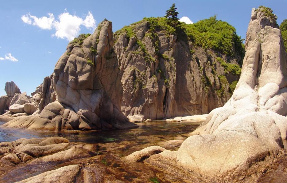 Фото 45747   Бухта Кит, остров Опасный - северная граница Лазовского заповедника