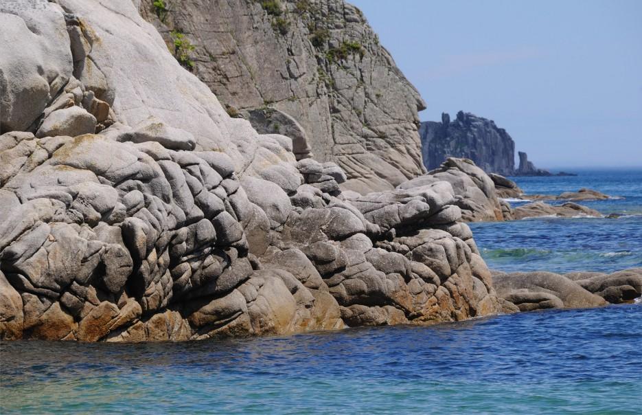 Фото 46131 | Бухта Кит, остров Опасный - северная граница Лазовского заповедника