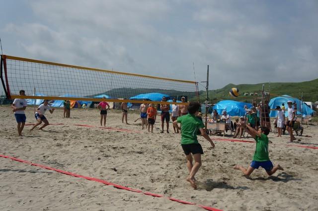 Фото 46716 | «Славянский берег» не только поет, но и играет в волейбол