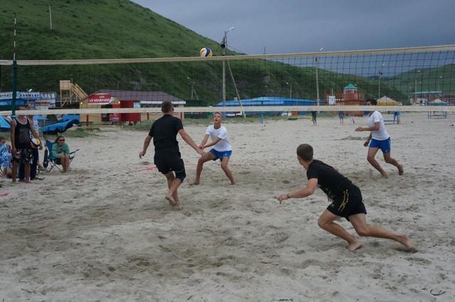 Фото 46719   «Славянский берег» не только поет, но и играет в волейбол