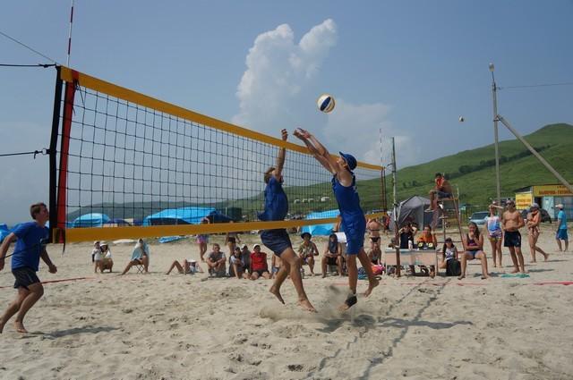 Фото 46721   «Славянский берег» не только поет, но и играет в волейбол