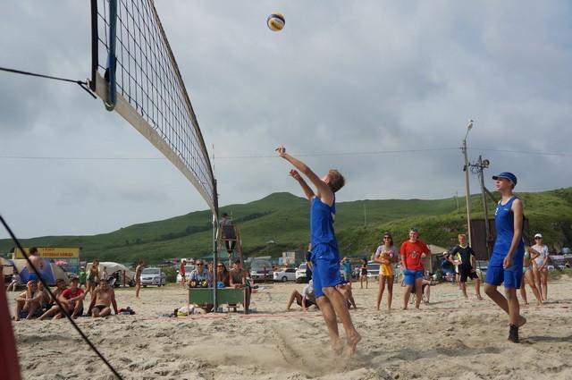 Фото 46722   «Славянский берег» не только поет, но и играет в волейбол