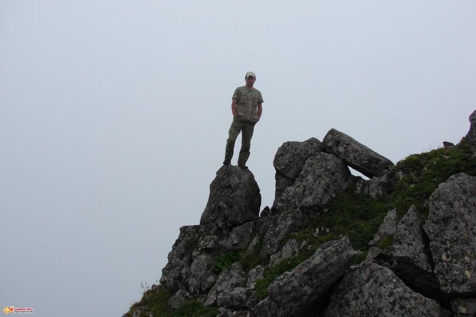 18.Прогулка по вершине г.Облачная. | Подъем на г.Облачная (1854 м) за облаками. 30.07.2011 года.