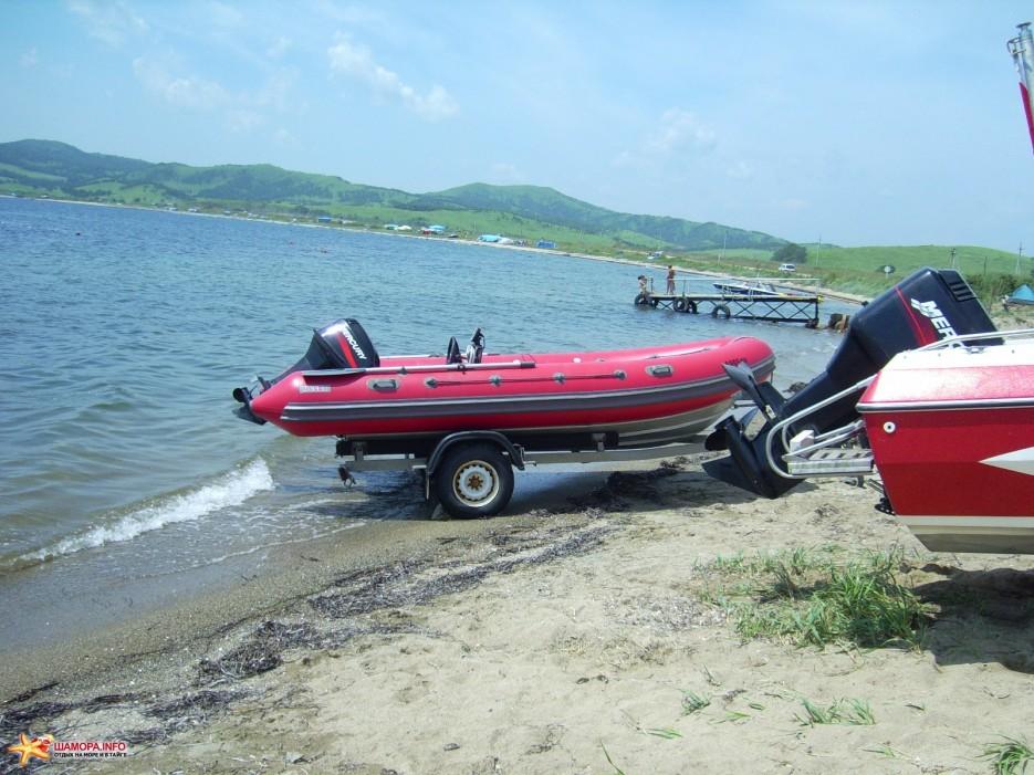 базы отдыха с моторными лодками