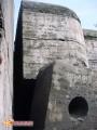 Полукапонир после взрыва. Полукапонир форта №5 после подрыва внутри него снарядов буквально разошелся по швам. 2005 г.