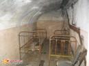 Койко-места. Спальные подземные помещения в форте №2, видимо остались после флагманского командного пункта ТОФ «Скала» (1940-е годы).