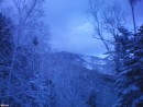 Сумрачная Скалистая Поднялись осенью, спустились зимой. А впереди двенадцать переходов через Лозовый ключ в темноте...