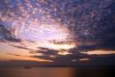 Закат, снято с западной части острова